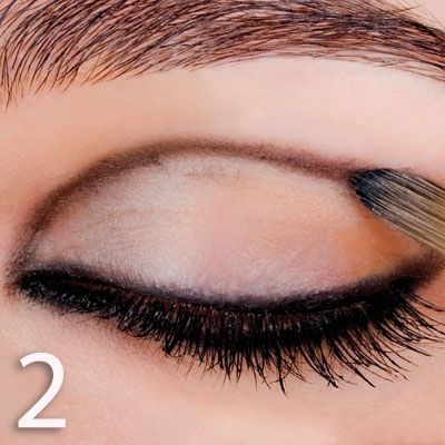 طريقة عمل مكياج عيون 2015 , مكياج عيون بالصور 2015 hwaml.com_1354162268