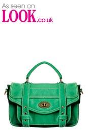 حقائب بسيطة 2013 حقائب بناتية hwaml.com_1354927645_425.jpg