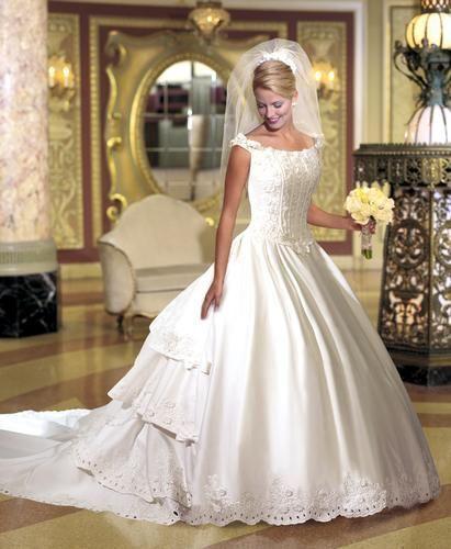 d6557555a كولكشن جديد لفساتين العروس 2013 ، فساتين زفاف ناعمة ، فساتين زفاف فرنسية  موضة 2014