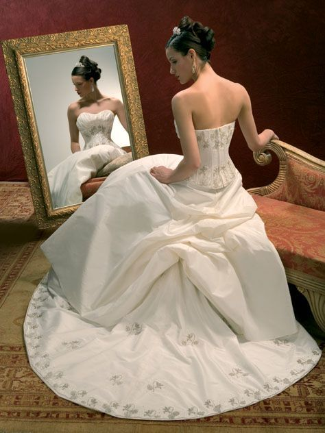 7c10d65cf اجدد فساتين زفاف فرنسية 2013 ، فساتين زفاف انيقة ، انعم فساتين زفاف موضة  2014