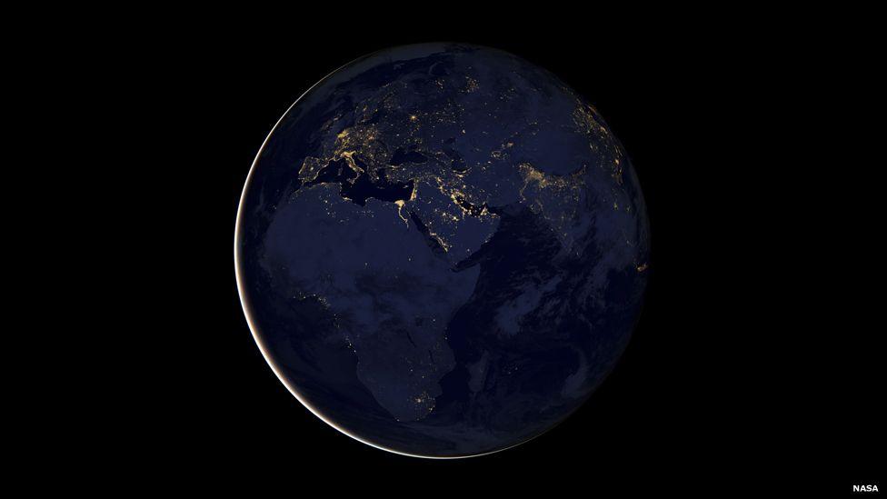مجموعة من الصور الجديدة لكوكب الأرض خلال المساء