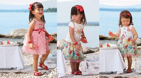 فساتين بتشكيلاتها الرائعة للأطفال hwaml.com_1355655895_318.jpg