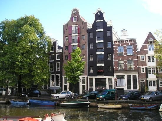 """أمستردام المدينة الاهم في اوروبا """"تابع لفعاليات 2013"""" hwaml.com_1357139454"""