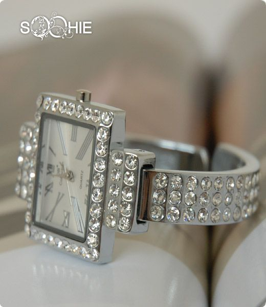 مجوهرات منوعة للعروس 2013 صور