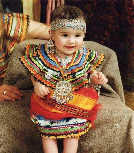 مجموعة ملابس تقليديه للاطفال 2020 , ازياء اطفال مختلفه 2020